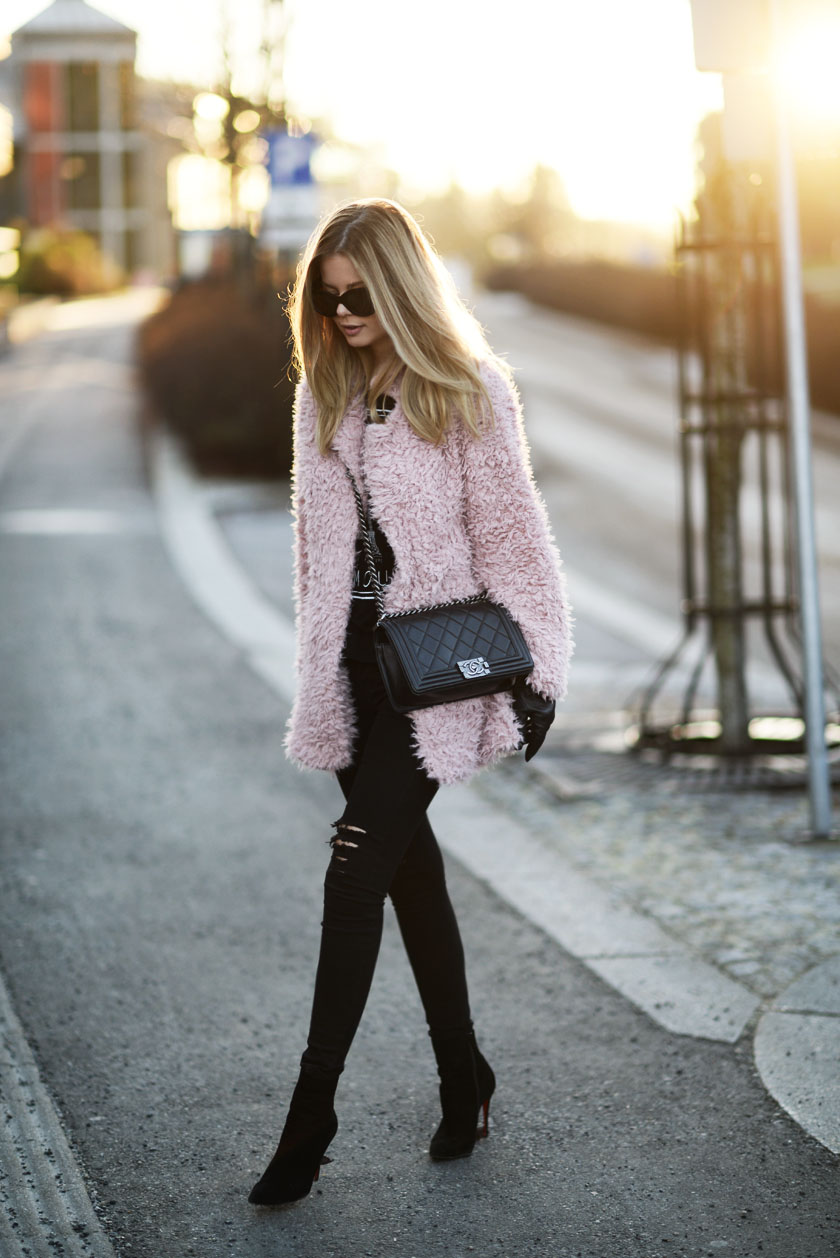 pink948